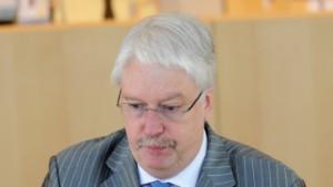 Hahn fürchtet populistische Partei à la Haider