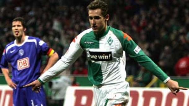 Werder stürmt an die Spitze