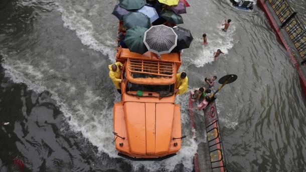 Manila nach Monsun unter Wasser
