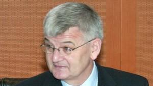 Fischer erklärt Powell deutsche Wünsche für Irak-Resolution