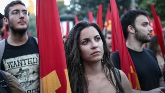 Tausende demonstrieren gegen Regierung Tsipras