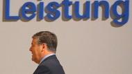 Stimmt die Leistung? Darüber will Deutsche-Bank-Chef Josef Ackermann am kommenden Donnerstag reden