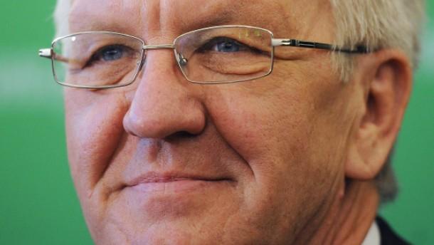 Kretschmann knöpft sich ENBW-Aufsichtsräte vor