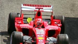 Michael Schumacher eröffnet die Jagd auf Fernando Alonso