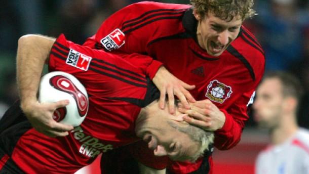 Leverkusen wahrt Heimnimbus