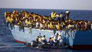 Mehr als 6500 Migranten aus Seenot gerettet