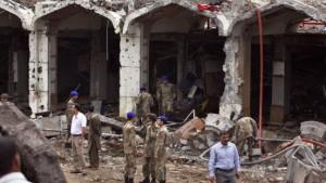 Pakistans Präsident droht nach Anschlag mit Vergeltung