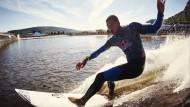 Surf-Contest auf der perfekten Welle