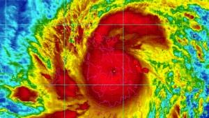 """Gewaltiger Taifun """"Haiyan"""" fordert erste Todesopfer"""