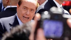 """Berlusconi: Vorwürfe """"paradox"""""""