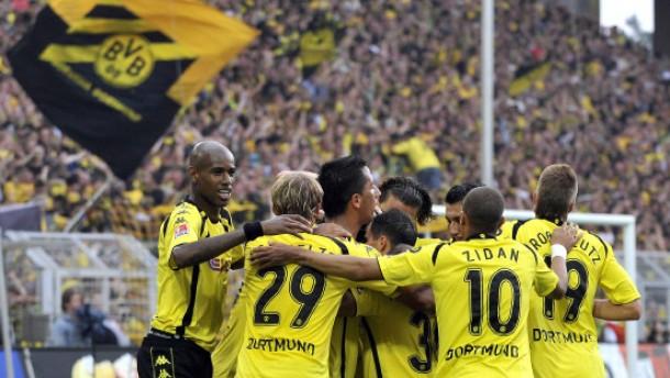 Dortmund siegt dank fremder Hilfe