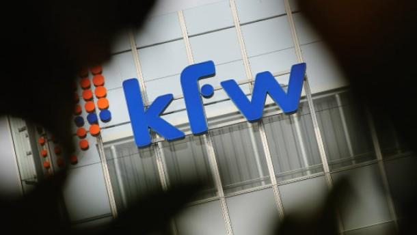 Zwei KfW-Vorstände wegen Panne suspendiert