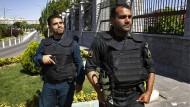 Doppelanschlag auf Irans Parlament und Chomeinis Grabmal