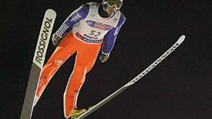 Schweizer Küttel gewinnt in Kuopio - Uhrmann 14.