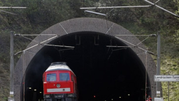 Vorwürfe an Bahn nach ICE-Unfall