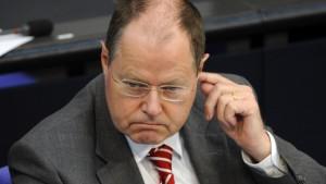Steinbrück unter Beschuss