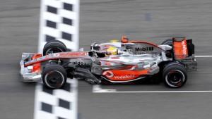 Lewis Hamilton in allen Belangen überlegen