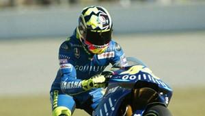 Valentino Rossi siegt und weint