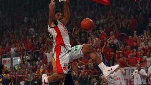 Brose Baskets Bamberg führen gegen Alba Berlin
