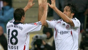 Bayern dank Luca Toni nicht zu stoppen