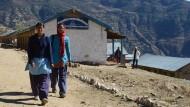 Verschleppt und verheiratet: Zwangsehen in Nepal