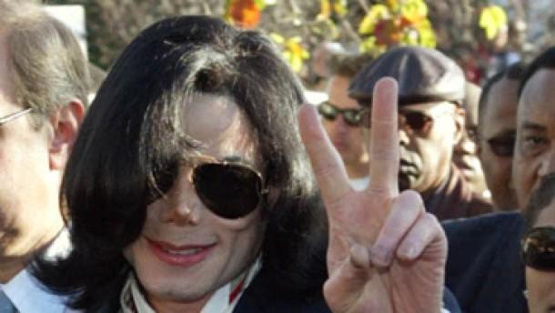 """Michael Jackson plädiert auf """"nicht schuldig"""""""