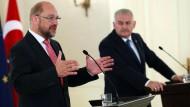 Schulz besteht auf Reform der türkischen Anti-Terrorgesetze