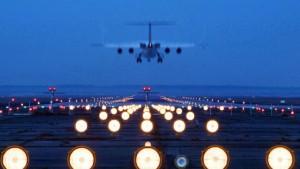 Nachtflugverbot: Landesregierung geht in die letzte Instanz