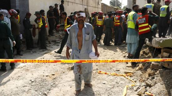 Bombe tötet pakistanischen Politiker