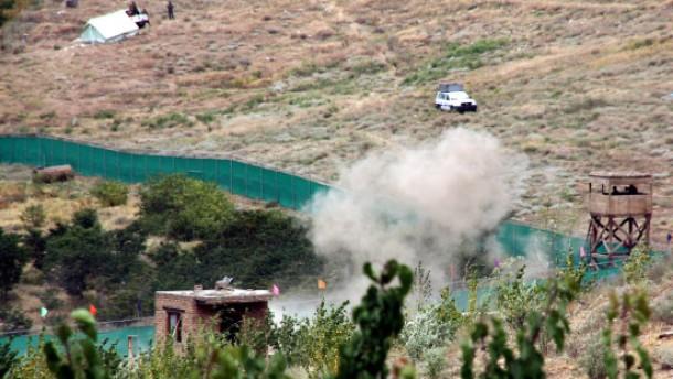Anschläge überschatten Beginn der Friedens-Jirga