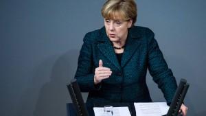 Merkel greift Putin an