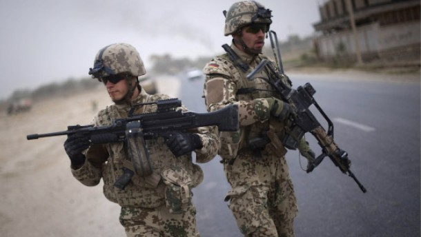 Drei deutsche Soldaten bei Anschlag verletzt