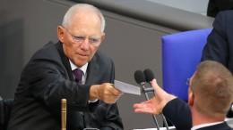 Schäuble mit großer Mehrheit zum Bundestagspräsidenten gewählt