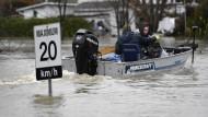 Rettungsarbeiten nach Hochwasser dauern an