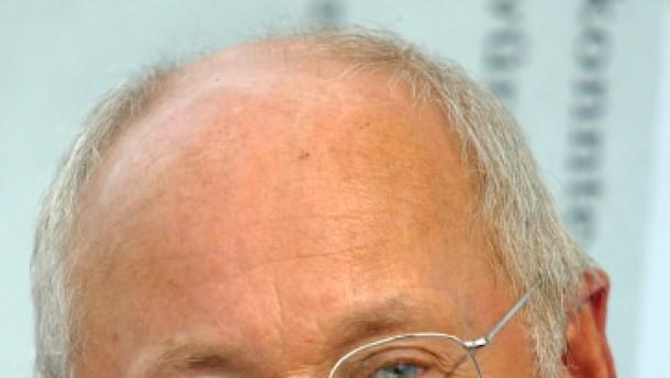 "Stefan Aust beim ""Spiegel"" freigestellt"