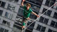 Slackline-Weltrekord in Bangkok