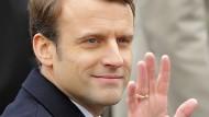 Macron will gespaltenes Volk einen