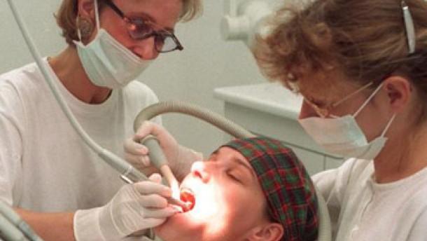 Zehn Prozent Zuzahlung, kein Zahnersatz
