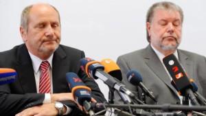 Finanzminister Deubel tritt zurück