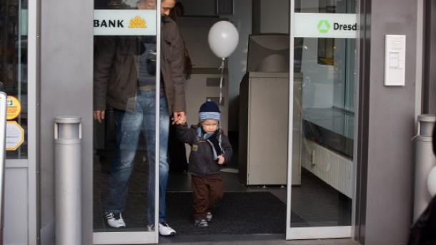 Commerzbank testet Dresdner-Integration am Kunden