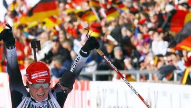 Dreifachtriumph für deutsche Biathletinnen