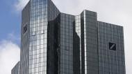 Deutsche Bank mit Rekordverlust