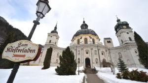 Staatsanwaltschaft im Kloster Ettal