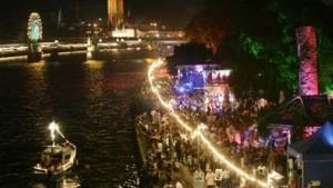 Luftschiffparade und Rheinzauber