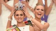 Miss Germany unterrichtet katholische Religion