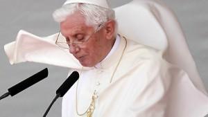 Papst erklärt sich solidarisch mit Jugend
