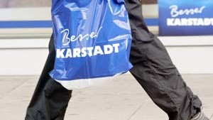 Karstadt-Quelle kauft wieder ein