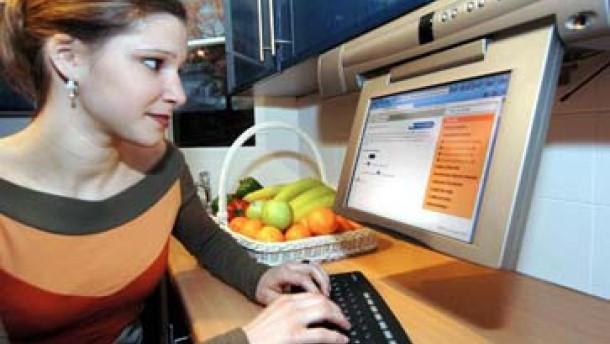 Neue Strategie bei AOL: Internetdienste künftig kostenlos