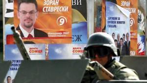 Tödliche Schüsse vor Wahllokalen