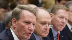 Amerikas Politiker rütteln an Stühlen der Autochefs